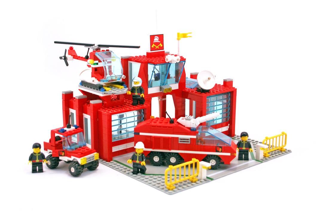 Fire Control Center - LEGO set #6389-1