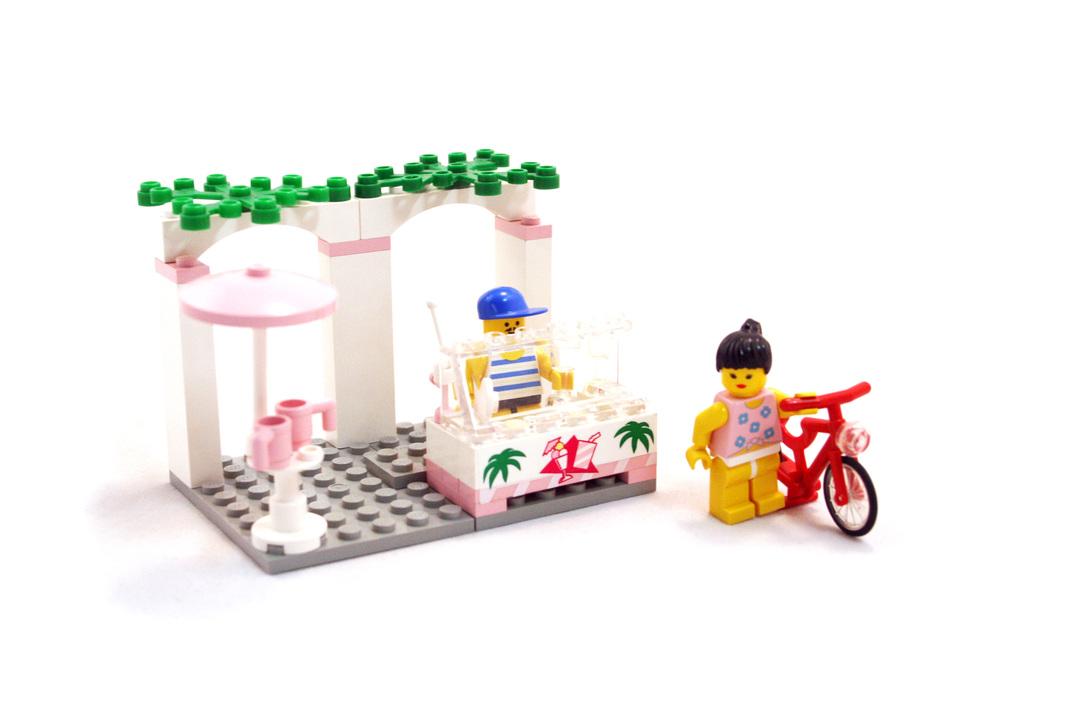 Sidewalk Cafe - LEGO set #6402-1