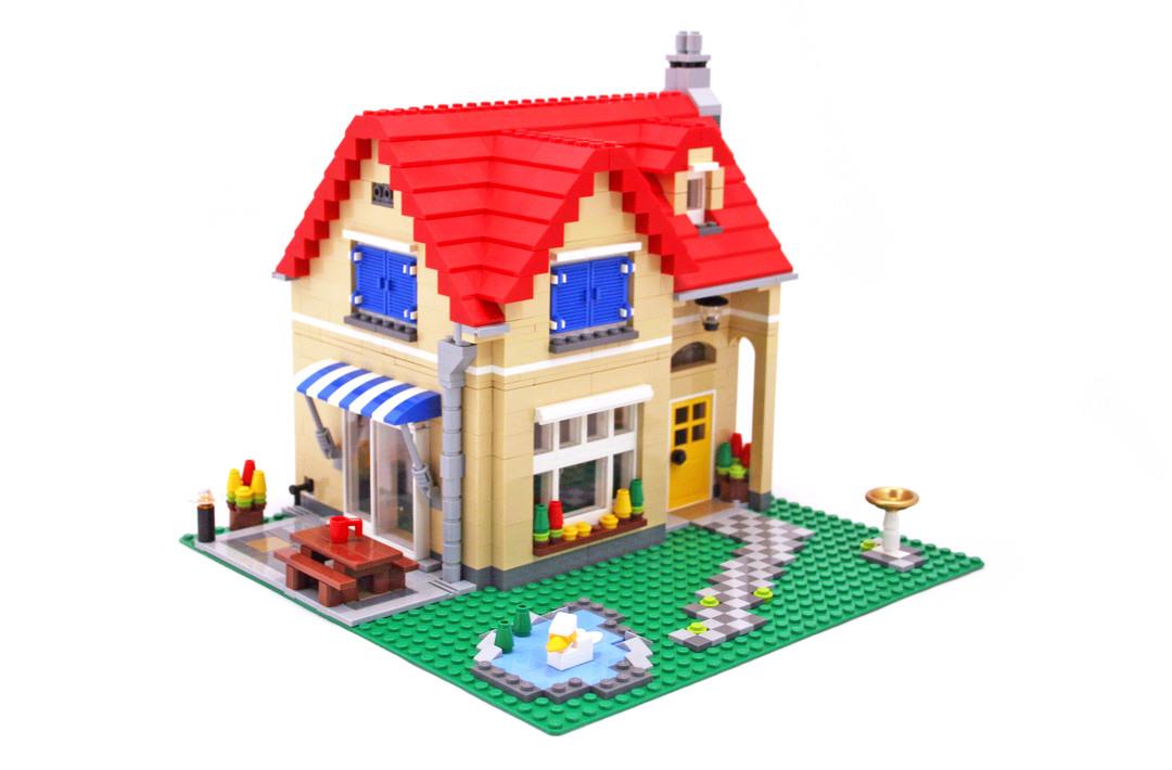 Family Home - LEGO set #6754-1