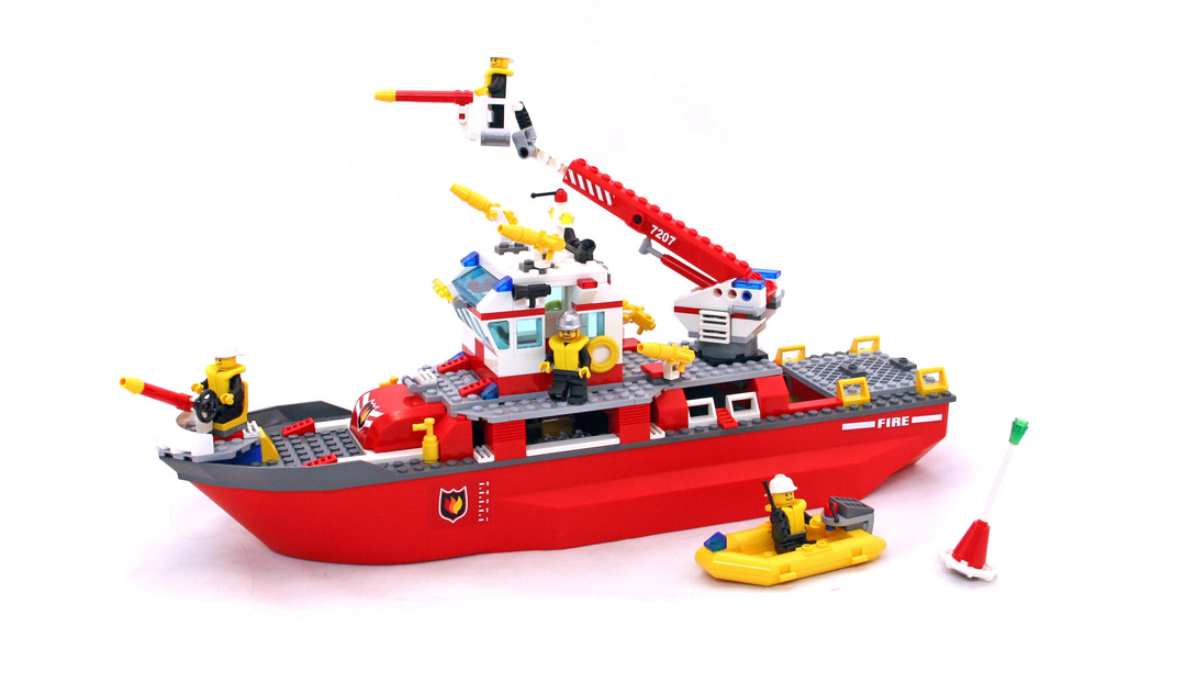 Fire Boat - LEGO set #7207-1