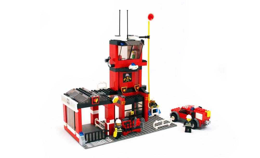 Fire Station - LEGO set #7240-1