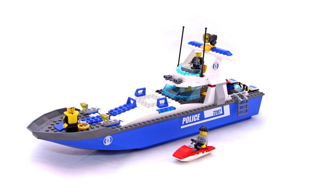 Police Boat - LEGO set #7287-1