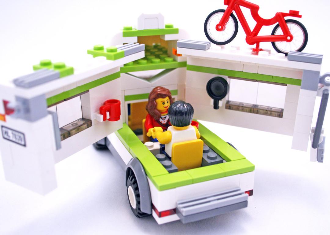 camper lego set 7639 1 building sets city. Black Bedroom Furniture Sets. Home Design Ideas