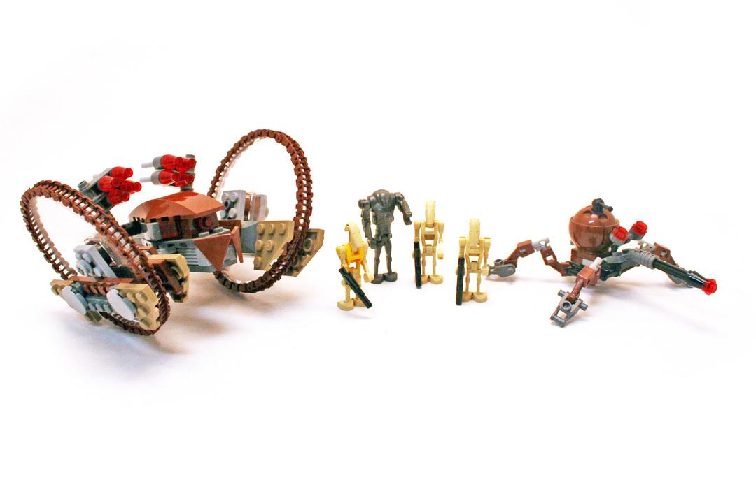 Hailfire Droid & Spider Droid - LEGO set #7670-1 - 1