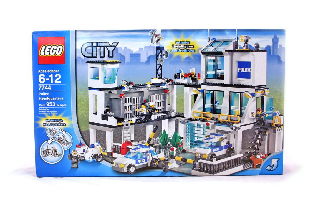 Police Headquarters Lego Set 7744 1 Nisb Building Sets City