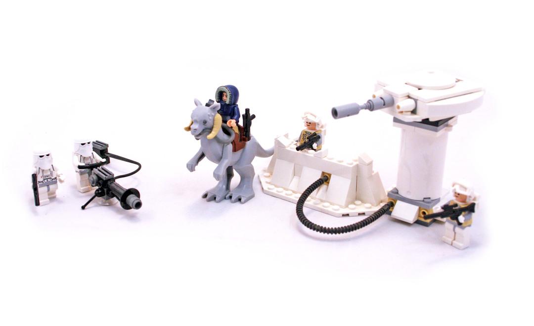 Echo Base - LEGO set #7749-1