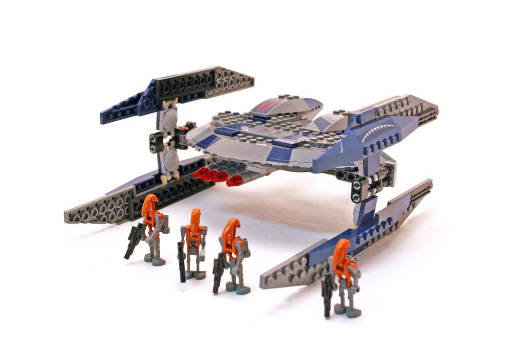Hyena Droid Bomber - LEGO set #8016-1