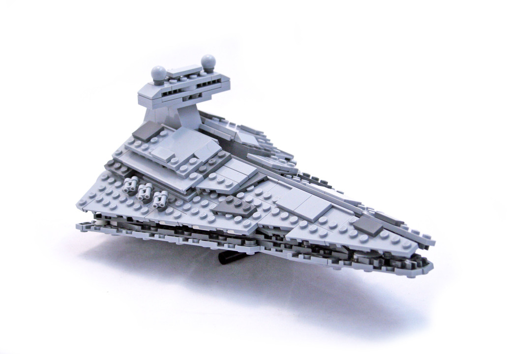 Midi-Scale Imperial Star Destroyer - LEGO set #8099-1