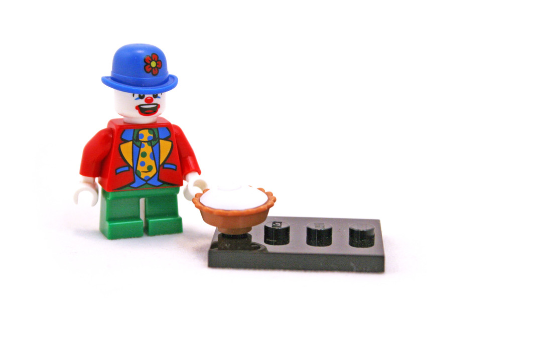 Small Clown - LEGO set #8805-9